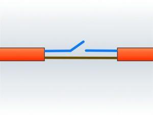 Zwei Drähte, einer läuft durch und einer wird geschaltet. (Bildrechte: FRAGDENSTEIN.DE/ Stein)