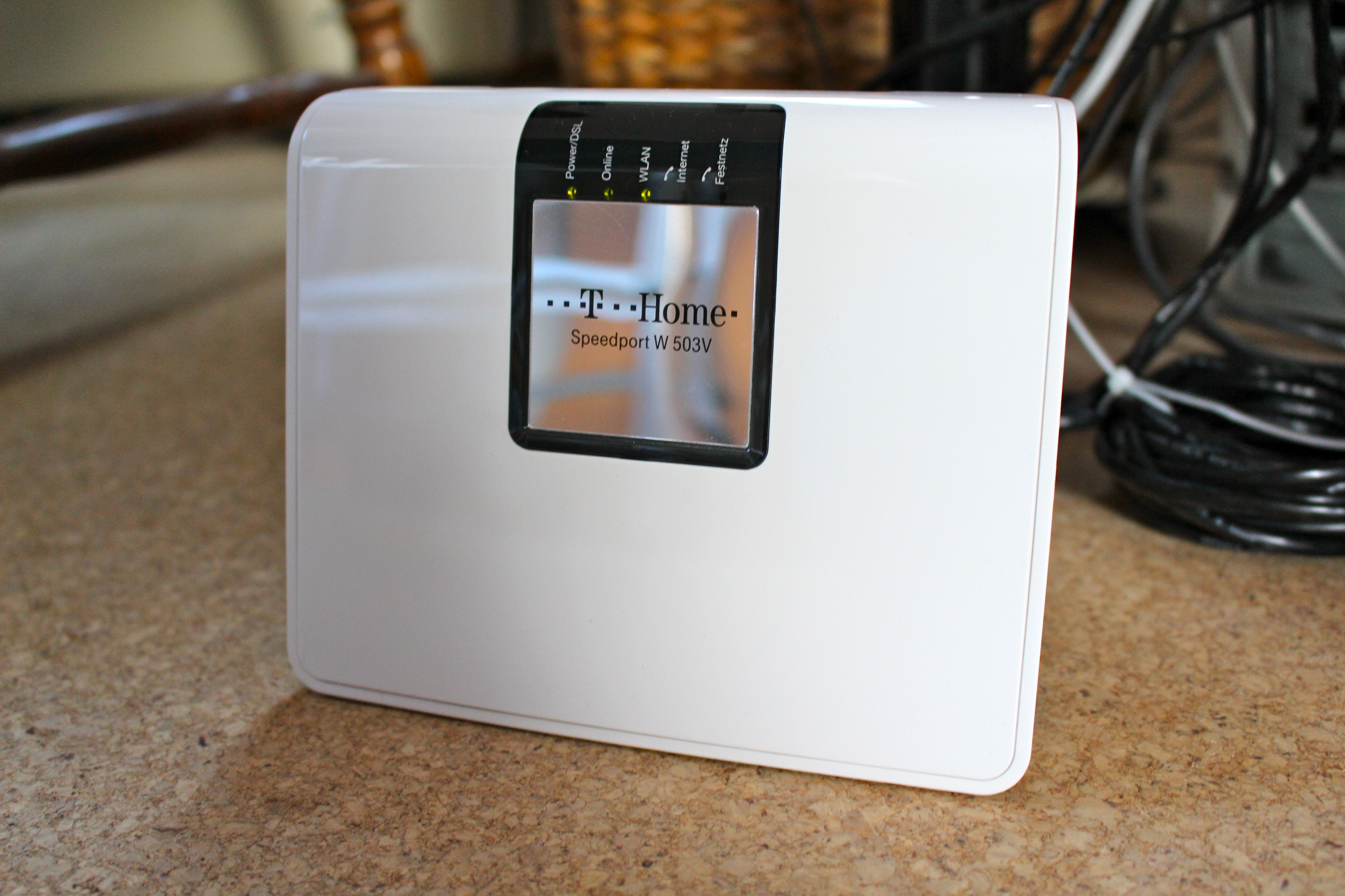 wie kann ich einen speedport router aktualisieren. Black Bedroom Furniture Sets. Home Design Ideas