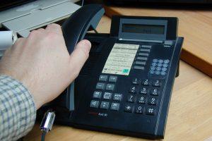 Manchmal will man bei einem Anruf die Festnetz-Nummer unterdrücken. (Bildrechte: FRAGDENSTEIN.DE/ Stein)