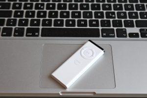 Wenn Sie keine benutzen, sollten Sie die Apple Fernbedienung deaktivieren. (Bildrechte: FRAGDENSTEIN.DE/ Stein)