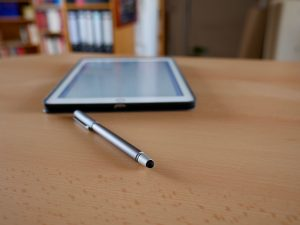Digitaler Stift fürs iPad oder Smartphone: Wacom Bamboo CS 160 (Bildrechte: FRAGDENSTEIN.DE/ Stein)
