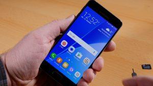 Samsung Galaxy A3 (6) - das beste Smartphone unter 200 Euro? (Bildrechte: FRAGDESTEIN.DE/ Stein)