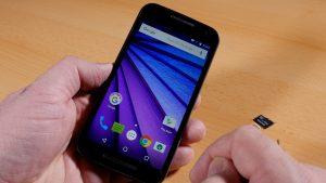 Motorola G3 (2016) - das beste Smartphone unter 200 Euro? (Bildrechte: FRAGDESTEIN.DE/ Stein)